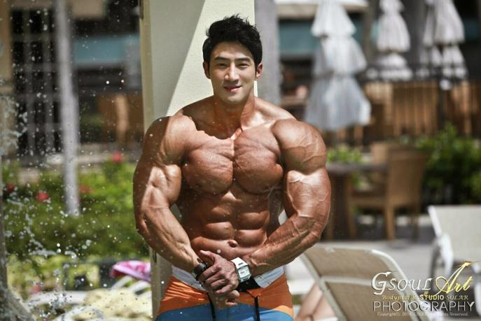Do Girls Prefer Skinny Or Muscular Guys - Girlsaskguys-4493